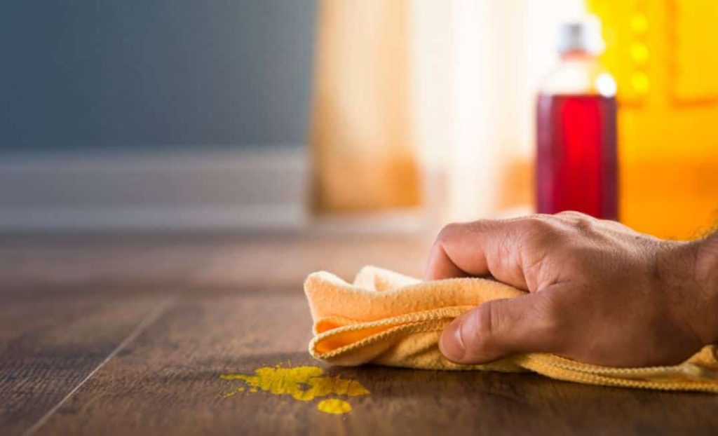 How To Remove Paint From Laminate, Will Rubbing Alcohol Damage Laminate Flooring